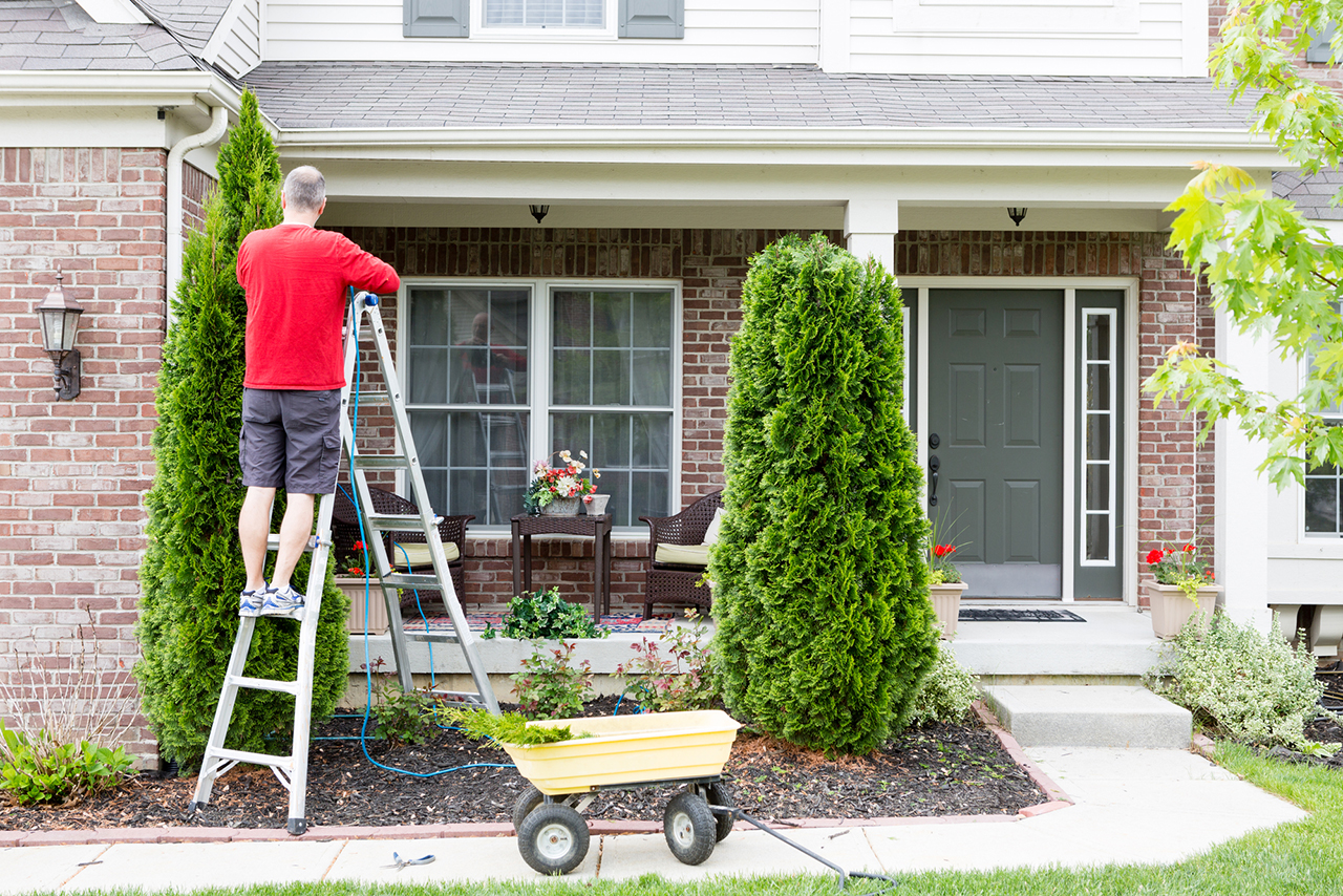 7 Outdoor Spring Home Maintenance Tips
