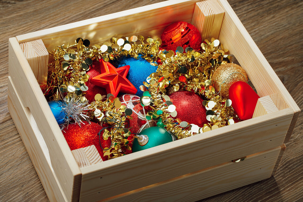Five Tips on How to Safely Take Down Holiday Decorations
